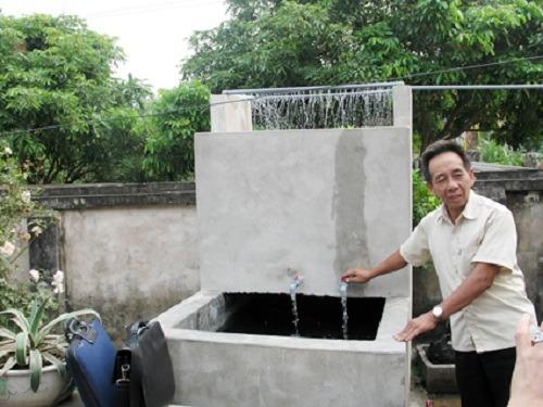 Cách xử lý nguồn nước giếng khoan có mùi hôi và nổi váng