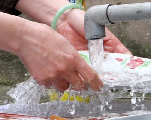 Nước trong liệu đã phải là nước đã sạch