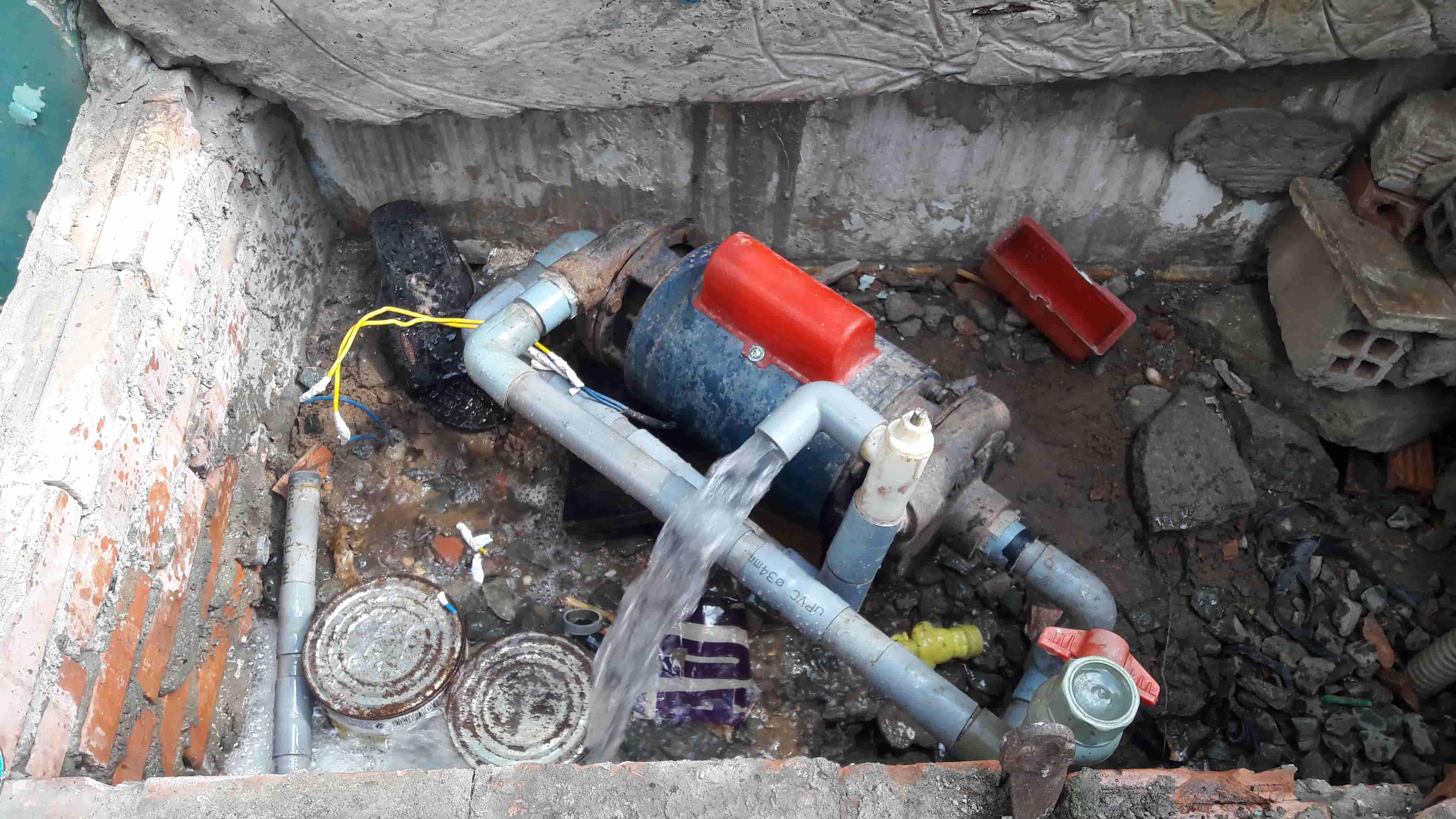 Khắc phục máy bơm không lên nước